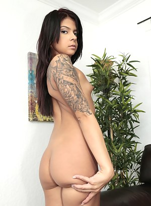 Free Latina Porn Pictures