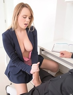 Free Schoolgirl Porn Pictures